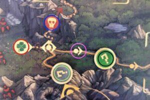 Reflets d'Acide ! : En noir : jetons mystère. En bleu : case raccourci périlleux. En rouge : case chance. En vert : jeton mystère de votre équipe. En violet : case vide.